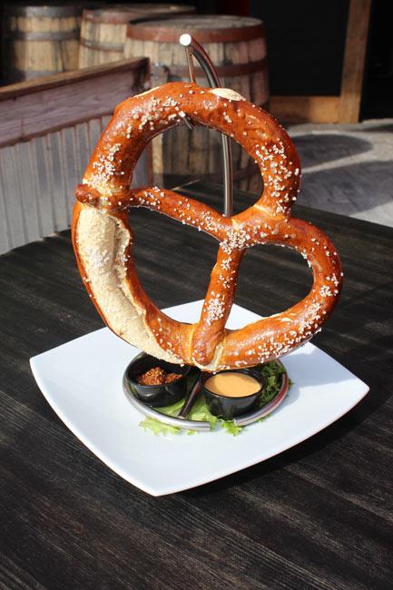 Big Bavarian Pretzel with 3 Dipping Sauces
